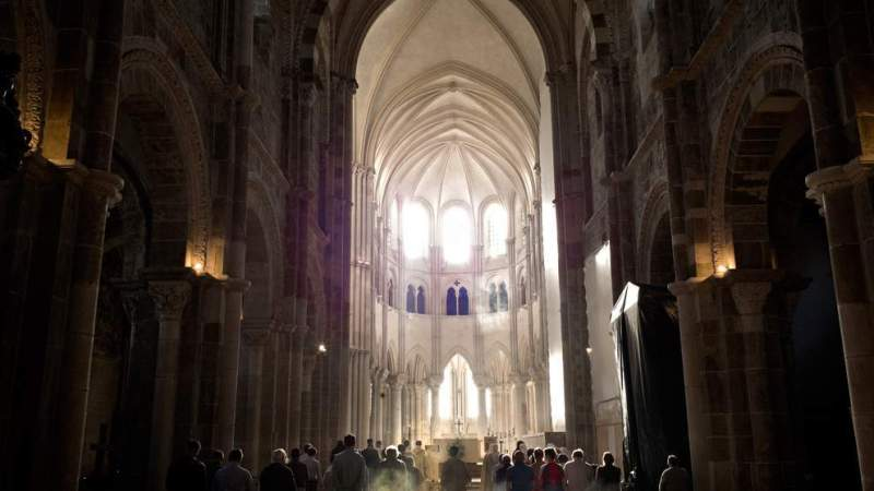 Basilica of Saint Mary Magdalene of Vézelay, the day when the light works miracles